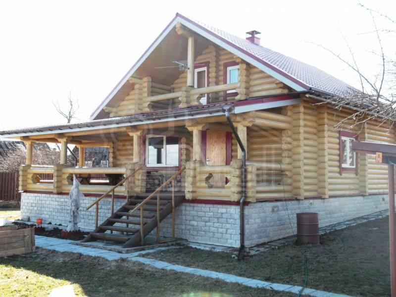 Дом из бревна 8х10м